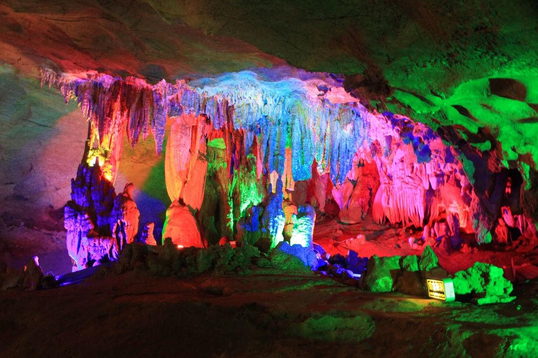桂林冠岩1.jpg