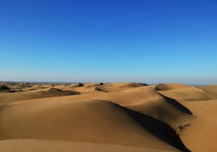 库不齐沙漠1.png
